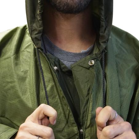 Poncho lluvia RIPSTOP CAMU con collarín ceñidor