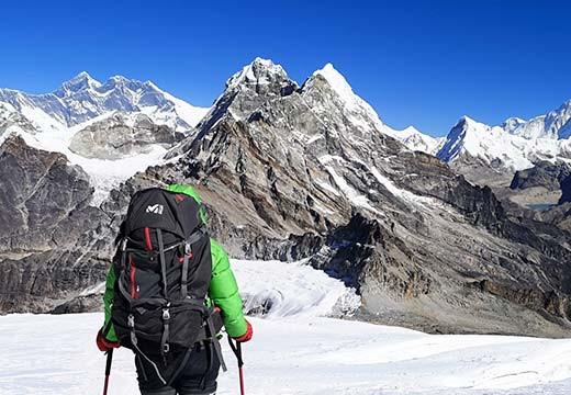 Muntanya Viva, alpinismo solidario en Nepal